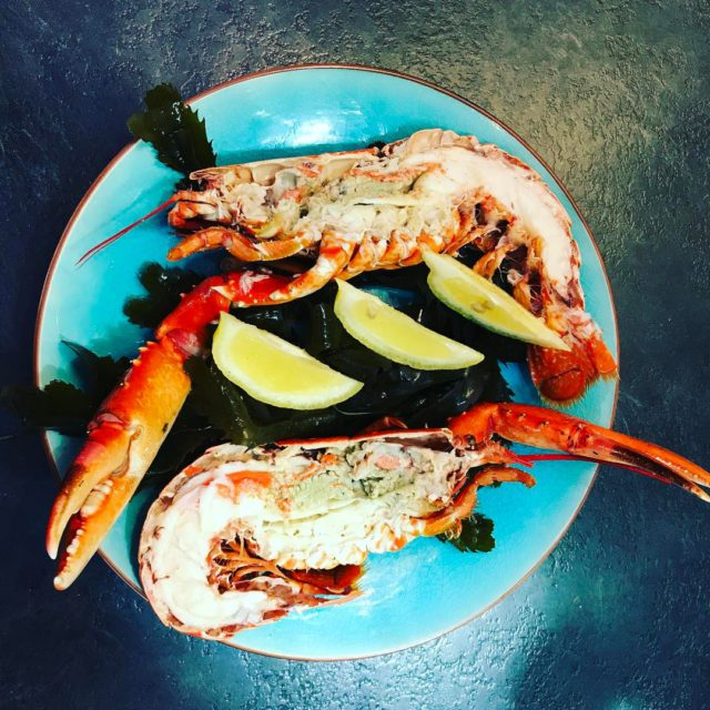 lobster restaurant trouville homard delicious seafood